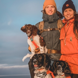 Mountain hiking with dogs – tips from experts, Stine & Jarlen